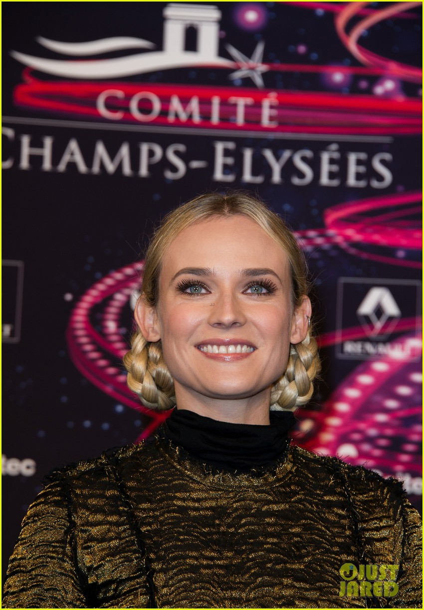 diane kruger champs elysees christmas lights launch 07