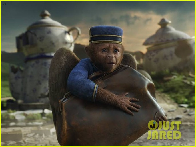 mila kunis new oz the great and powerful poster pics 14