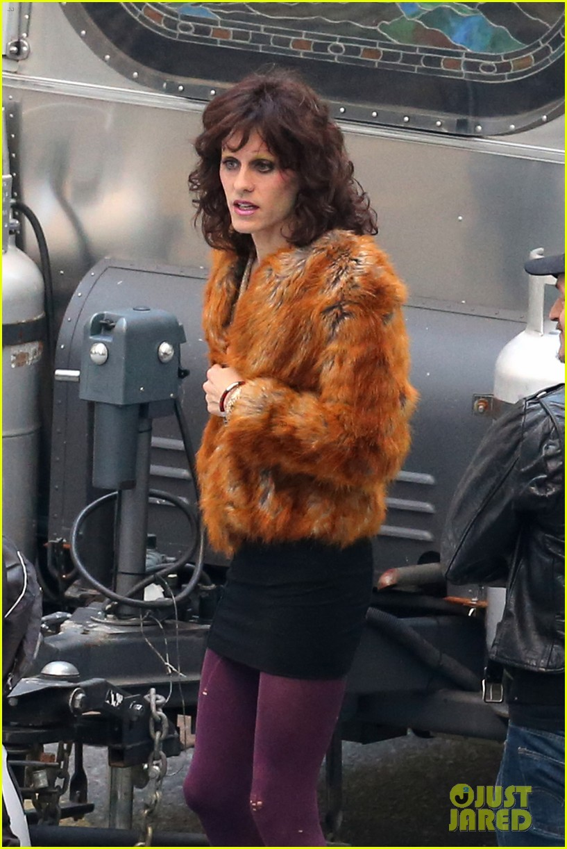 jared leto cross dresses on dallas buyers club set 06
