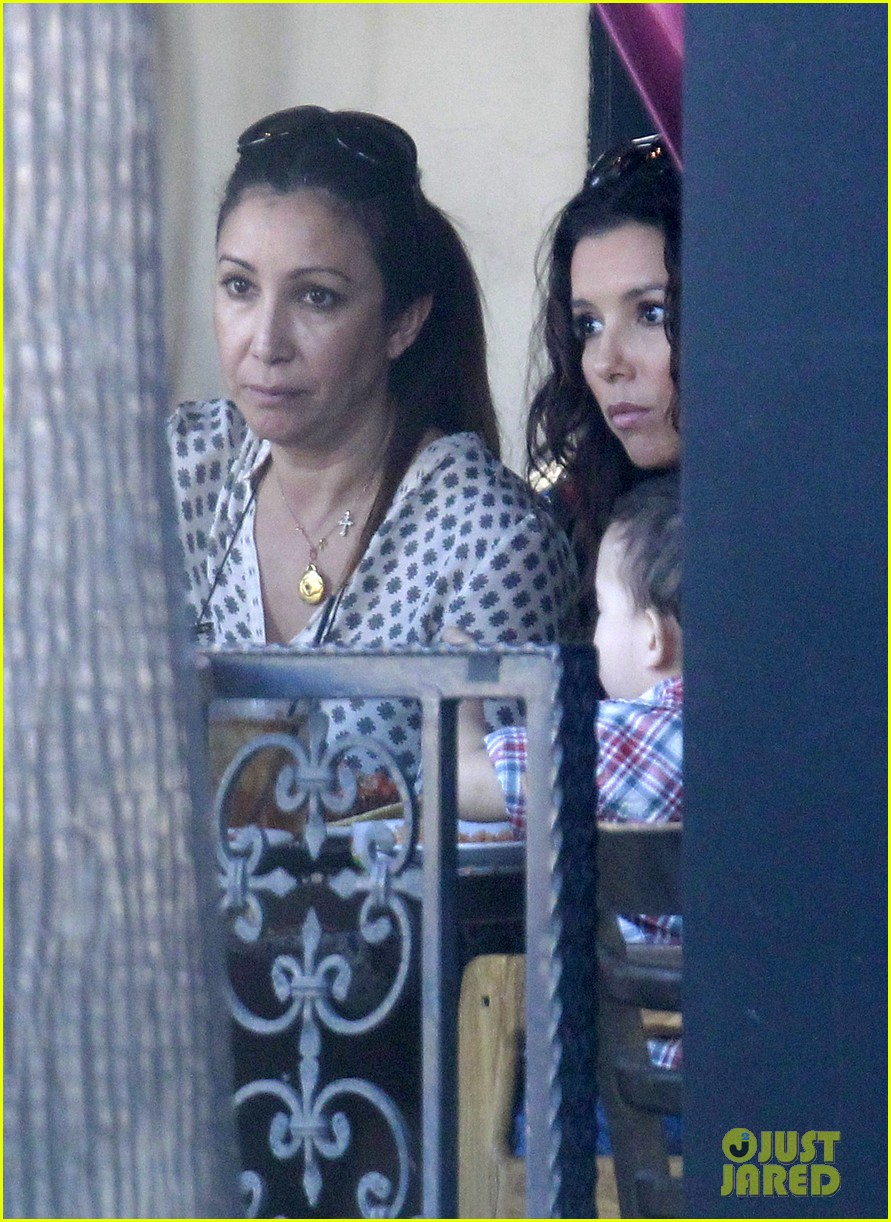 eva longoria leggy lunch in sherman oaks 27