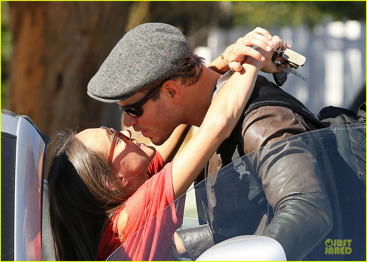 kellan lutz sharni vinson goodbye kissing couple 15