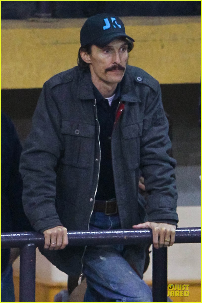 matthew mcconaughey wants a cheeseburger after dallas buyers club wraps 022759617