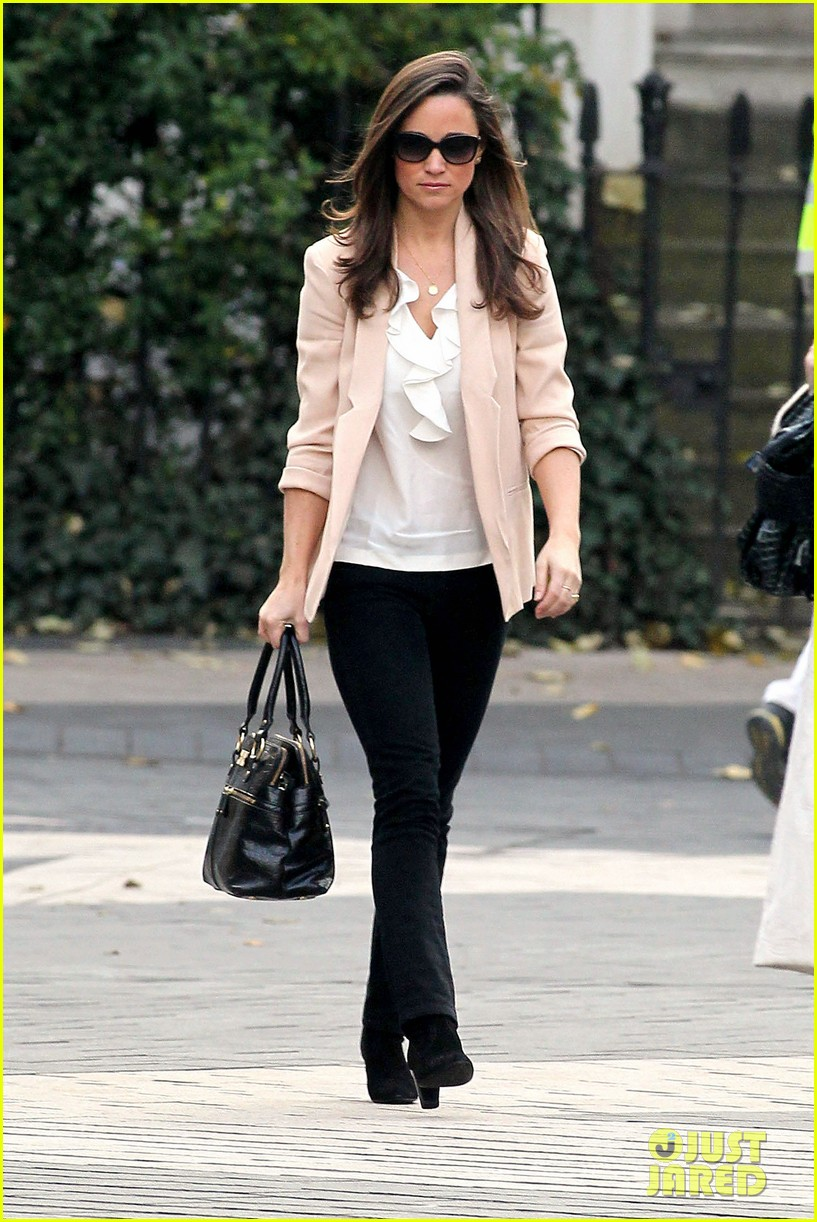 pippa middleton book poor first week sales 14