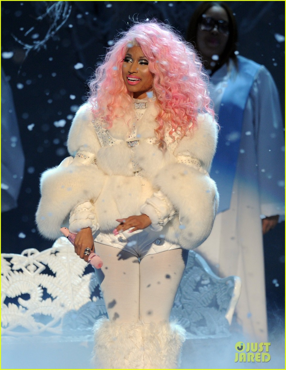 nicki minaj freedom performance at amas 2012 watch now 052760388