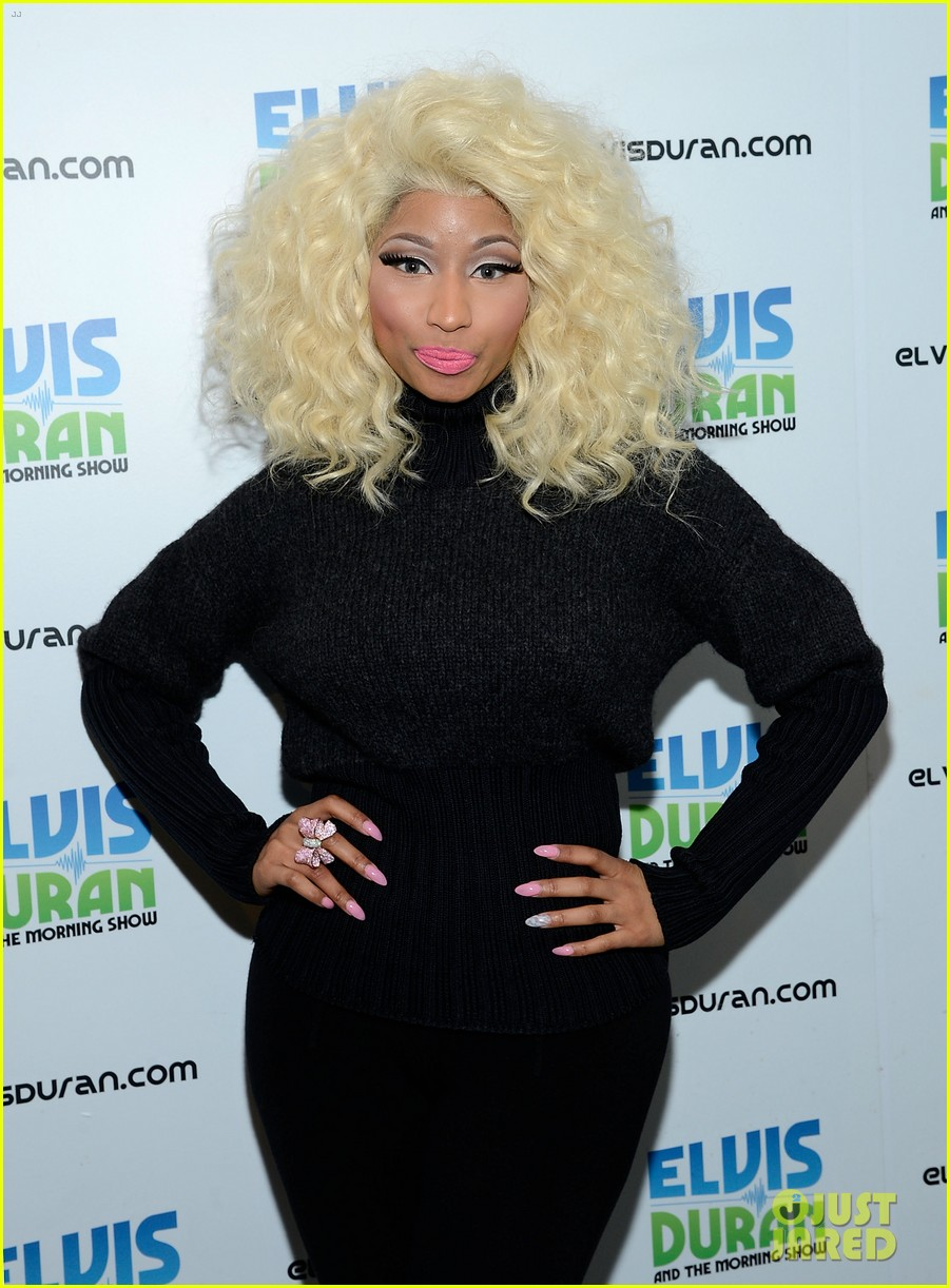 nicki minaj shut out of own album release party 112762417