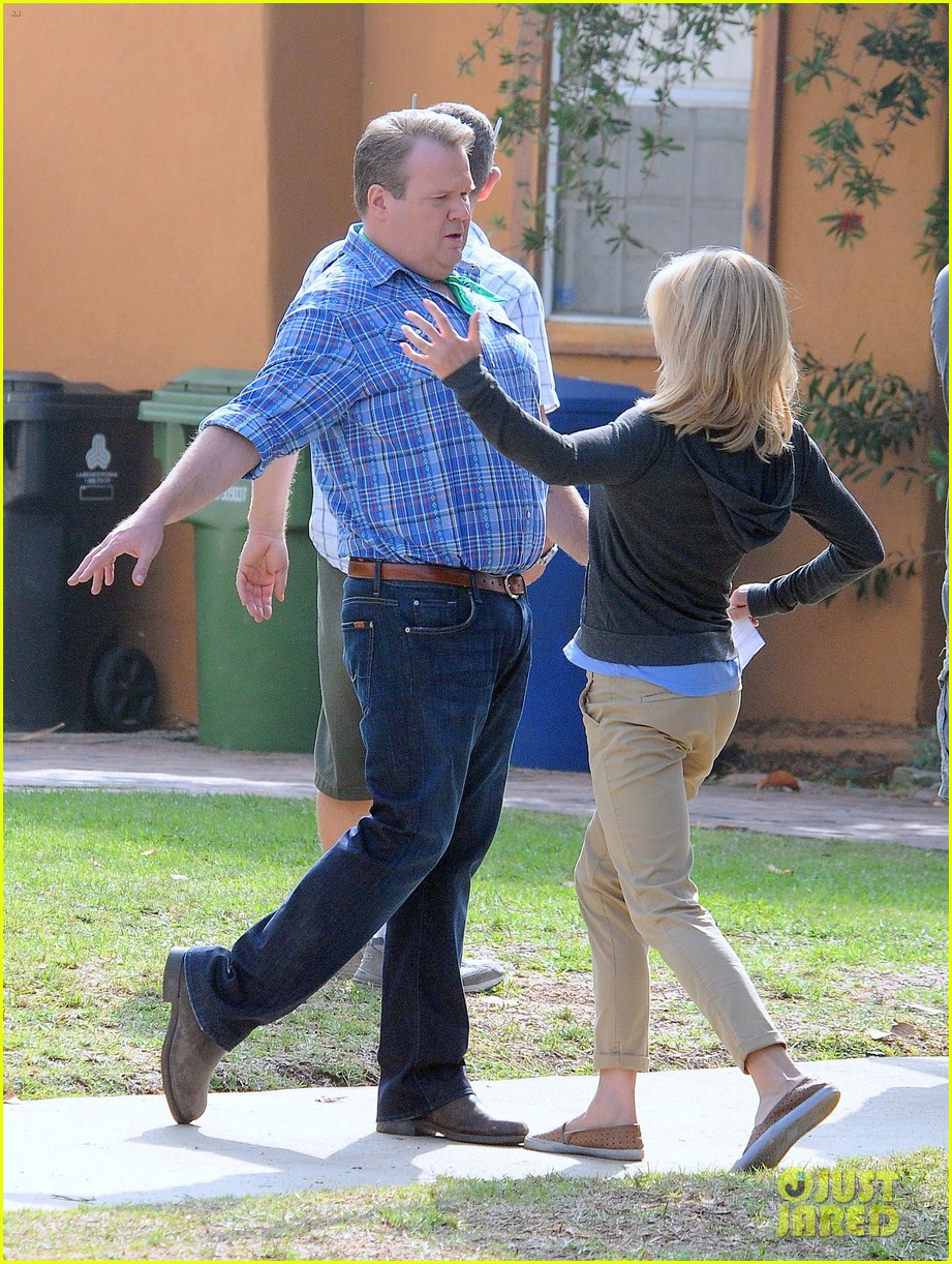 modern family filming scenes 17