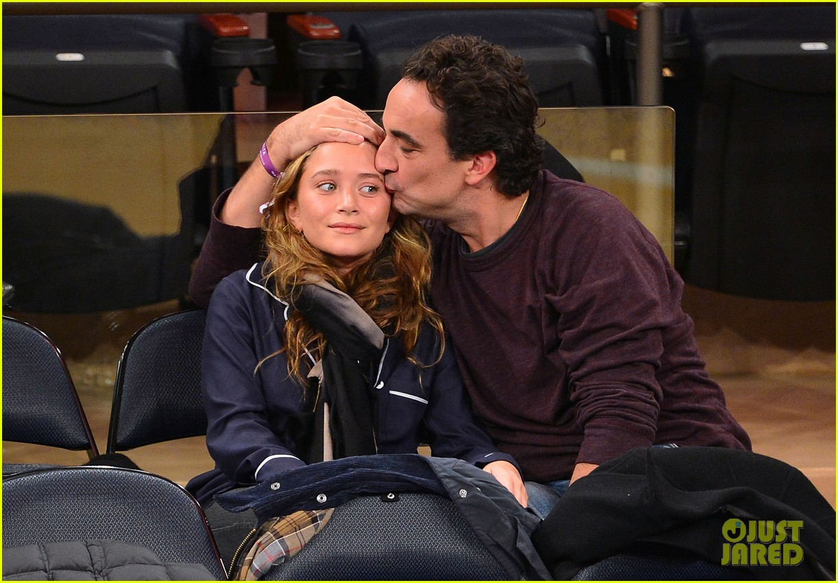 mary kate olsen knicks game with olivier sarkozy kids 032755137