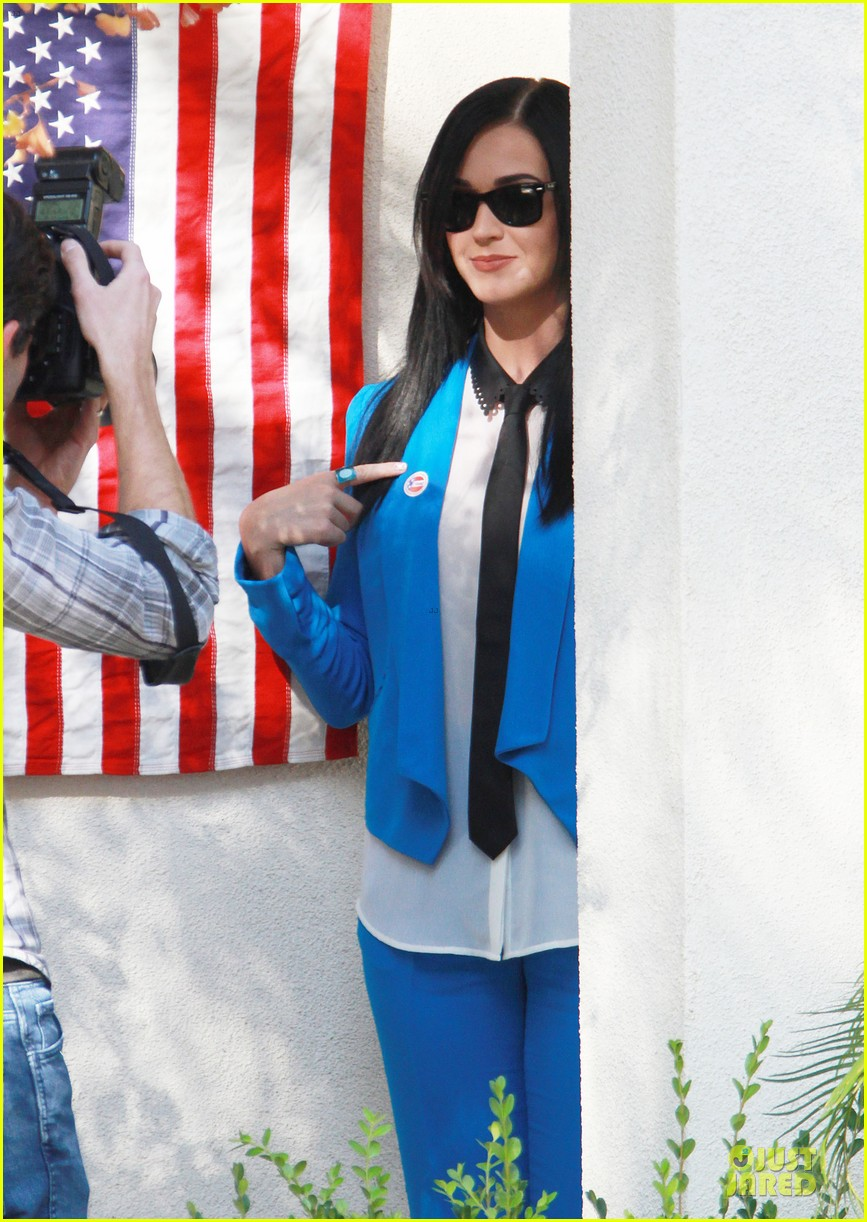 katy perry excited to exercise my civic duty 082752194