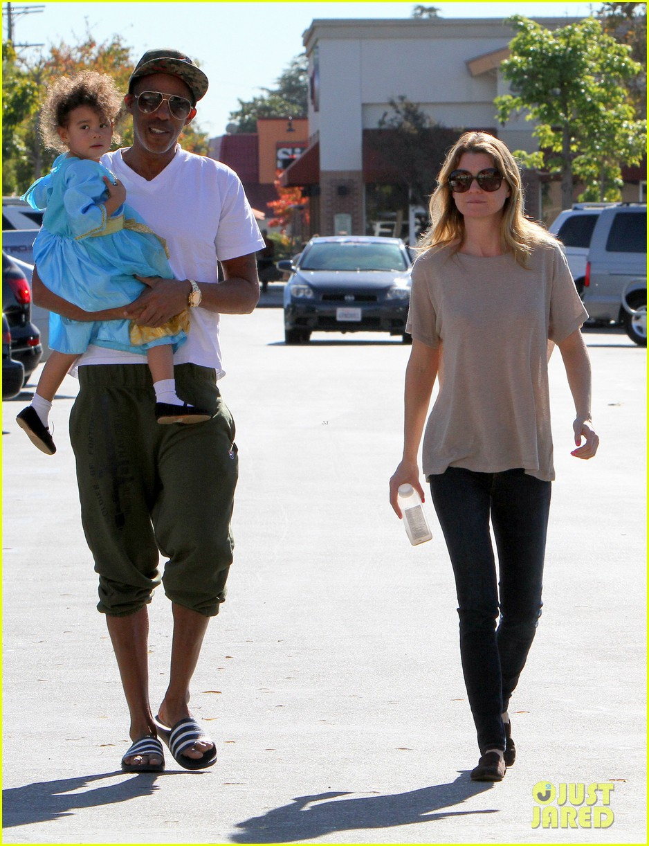 ellen pompeo chris ivery toys r us shopping with stella 10