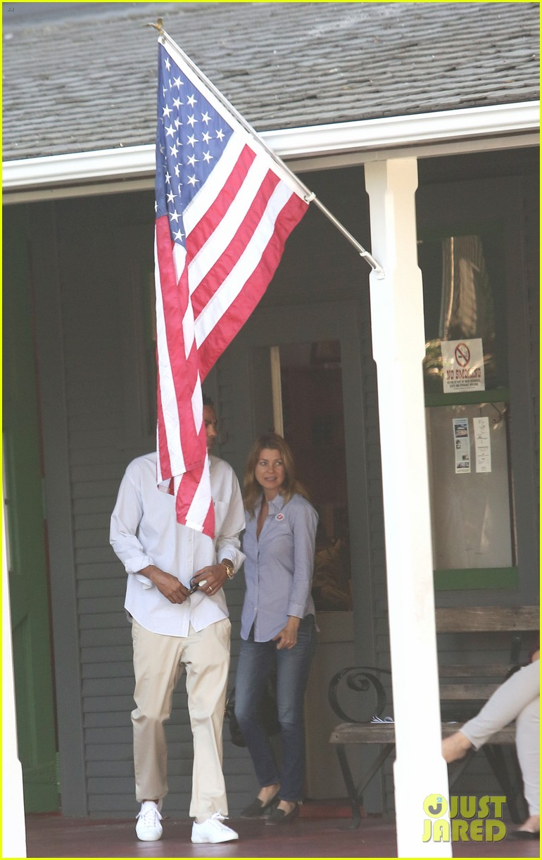 ellen pompeo election day voting with chris ivery 04