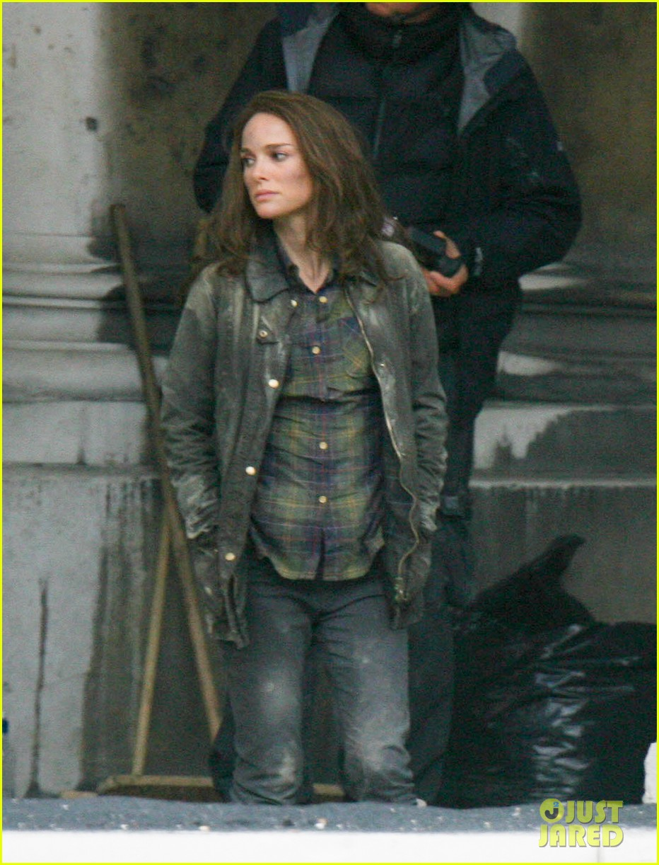 natalie portman thor the dark world set 18