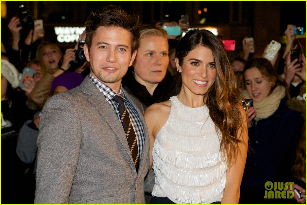 nikki reed jackson rathbone breaking dawn norway premiere 042758611