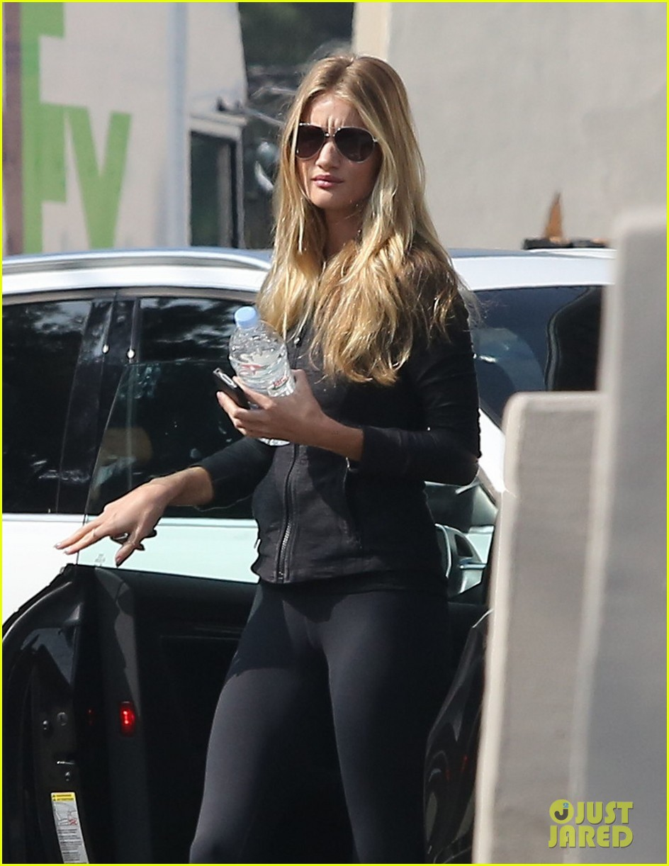rosie huntington whiteley wednesday workout woman 07