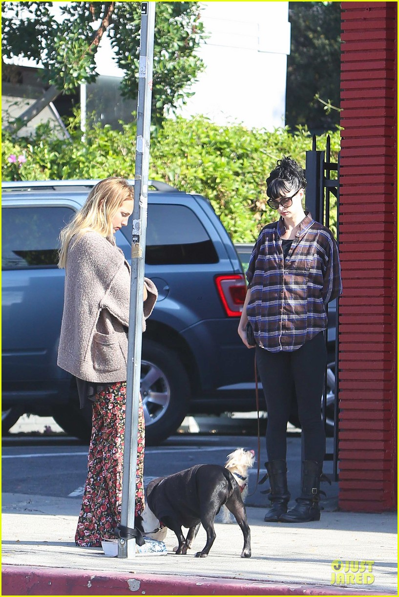 krysten ritter brian geraghty sunday breakfast in silverlake 132764031