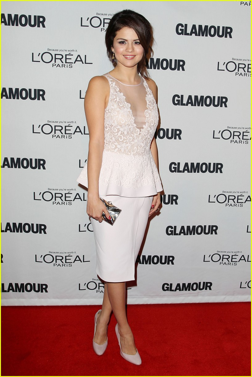 selena gomez glamour women of the year awards 10