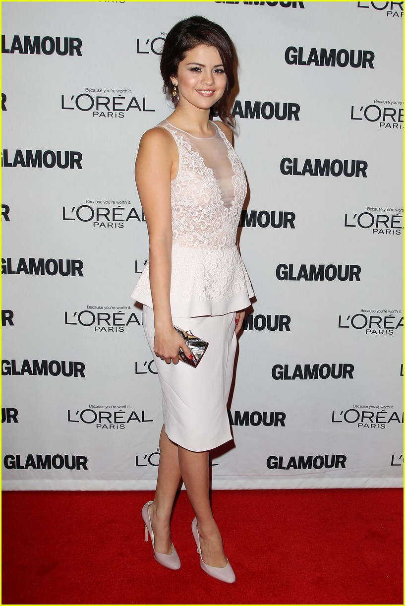 selena gomez glamour women of the year awards 11