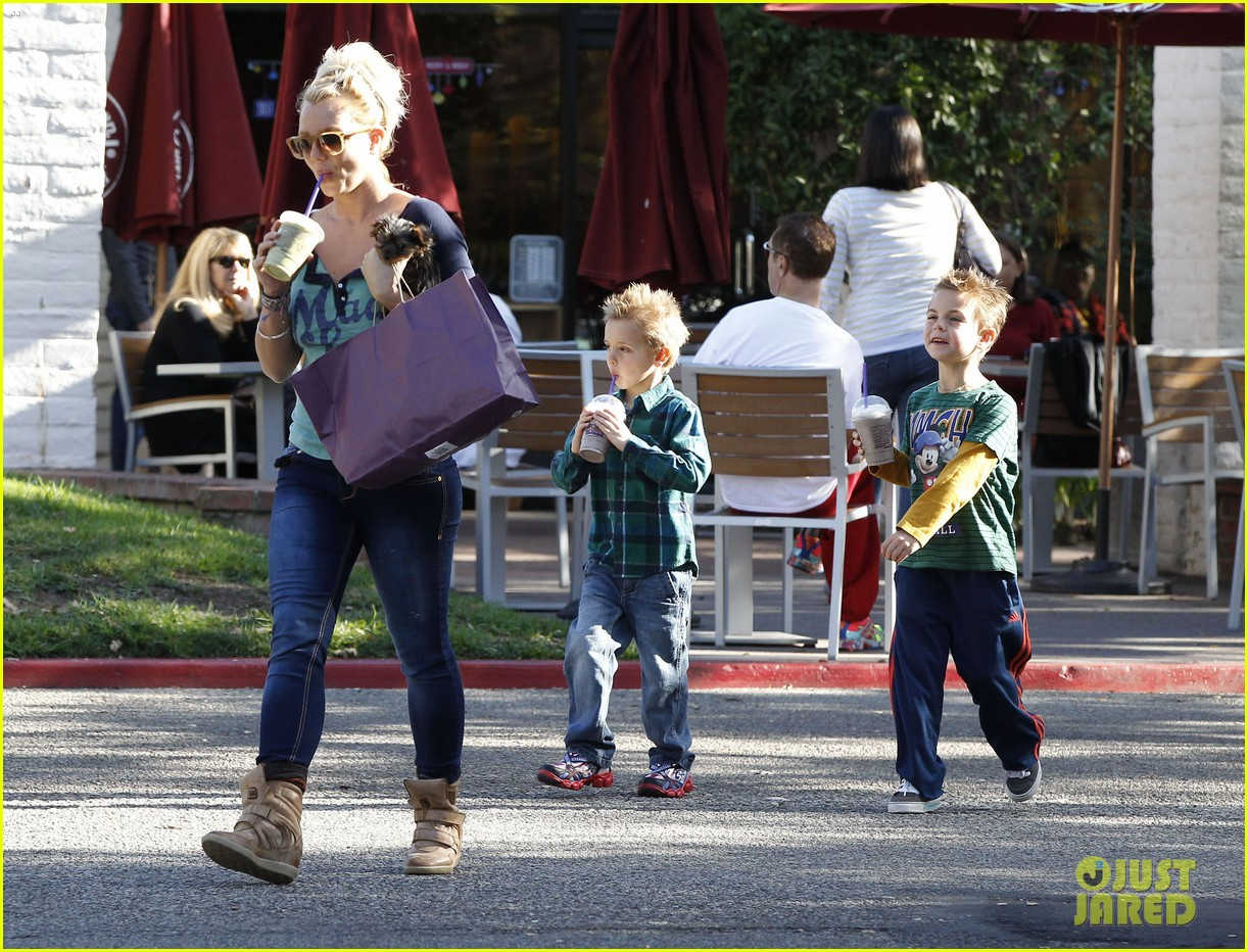 britney spears coffee bean with sean preston jayden james 10