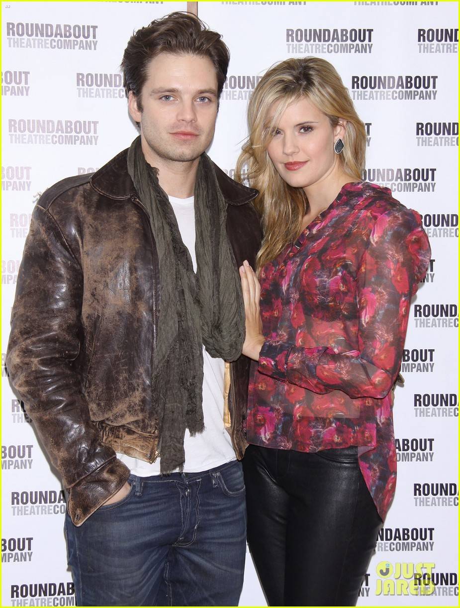 sebastian stan maggie grace picnic photo call 052766260
