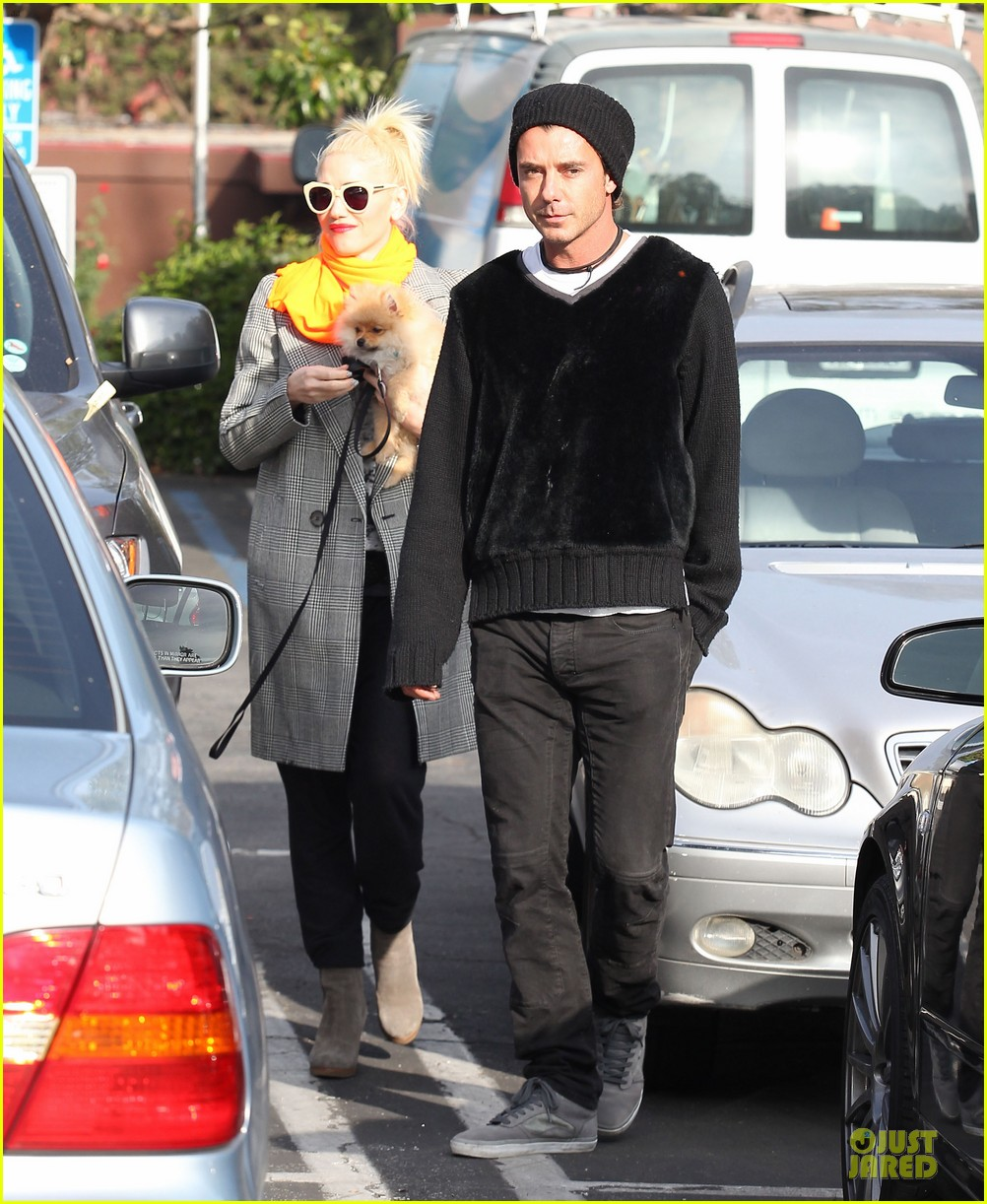 gwen stefani zumas school dropoff 08