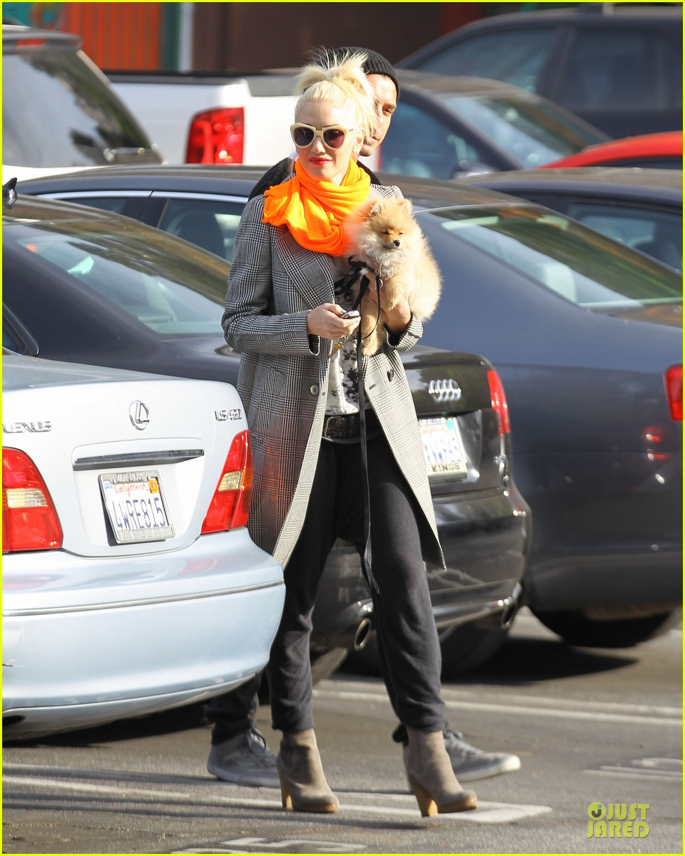 gwen stefani zumas school dropoff 20