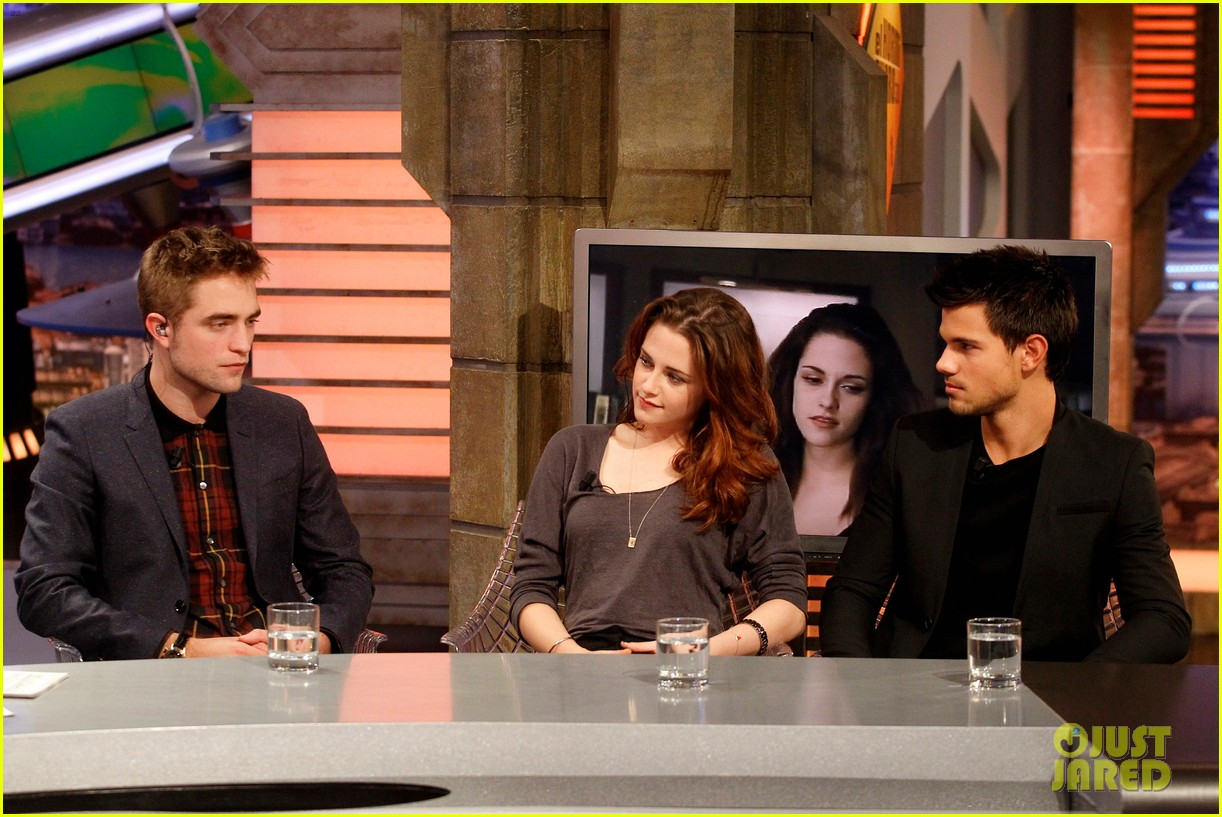 kristen stewart robert pattinson el hormiguero in spain 16