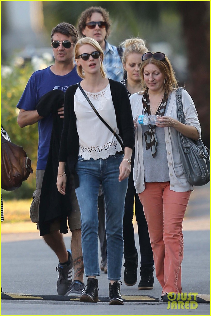 emma stone andrew garfield cemetary of the stars tour 15