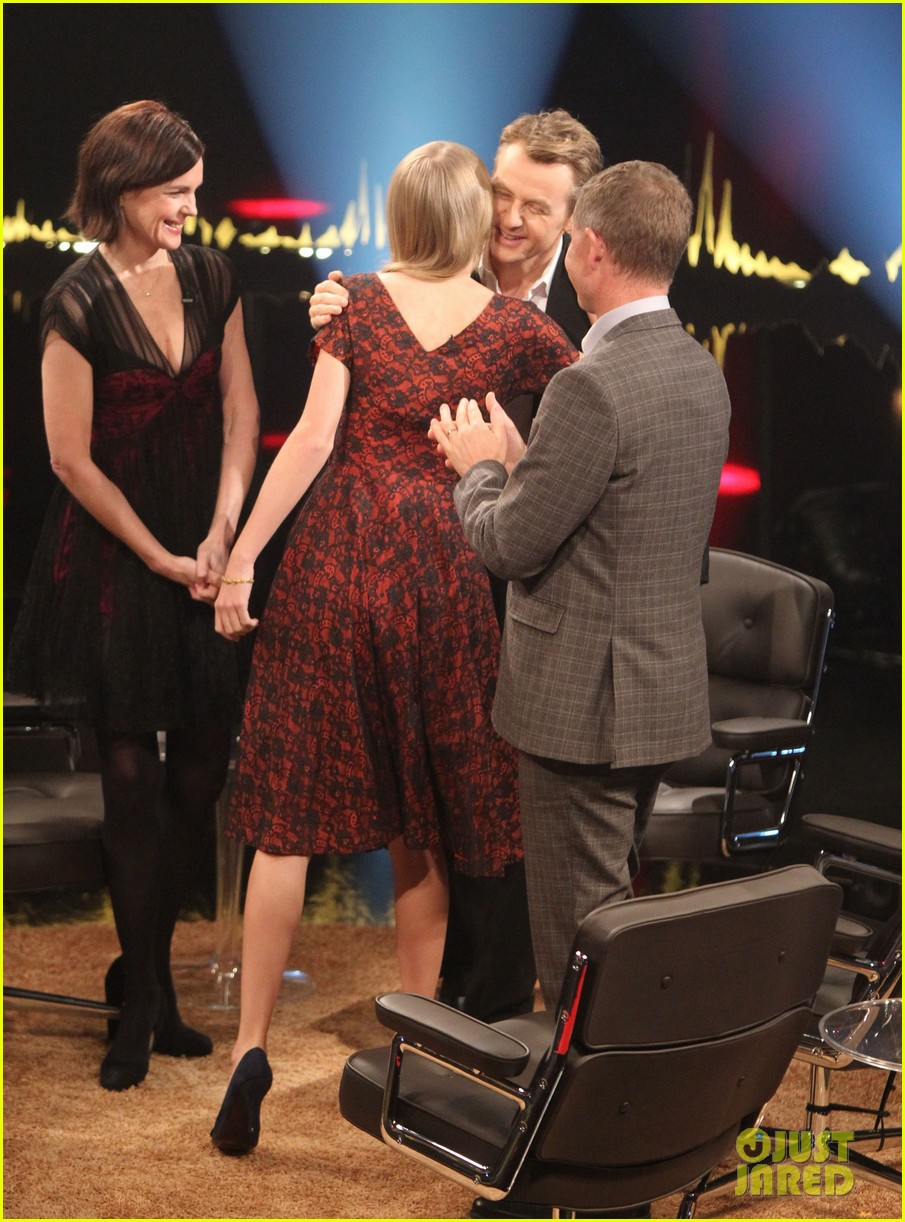 taylor swift skavlan london 23