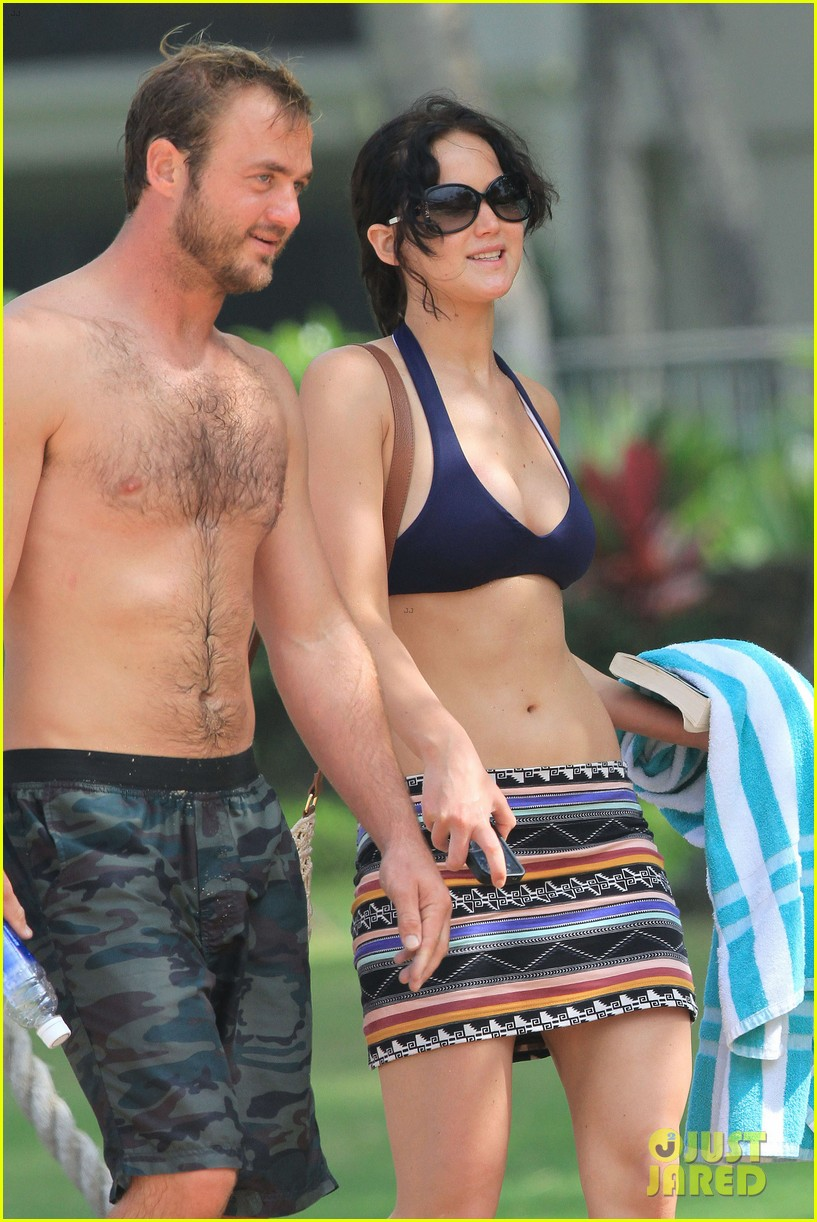jennifer lawrence bikini thanksgiving hawaii 01