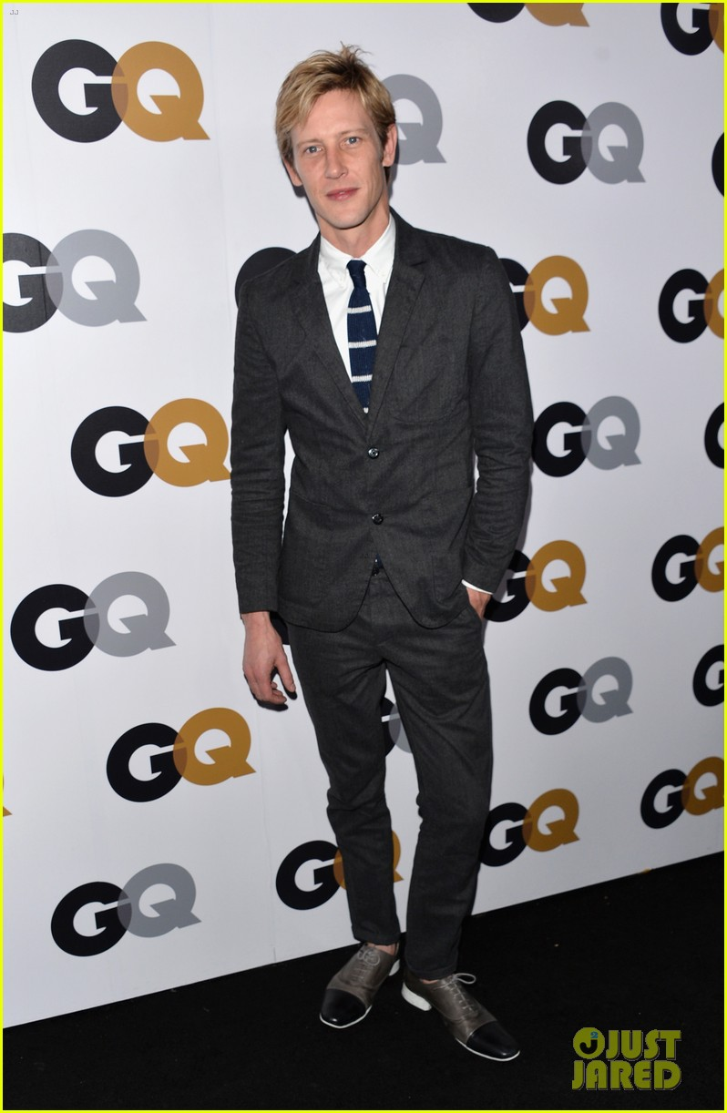 emily vancamp krysten ritter 2012 gq men of the year party 24