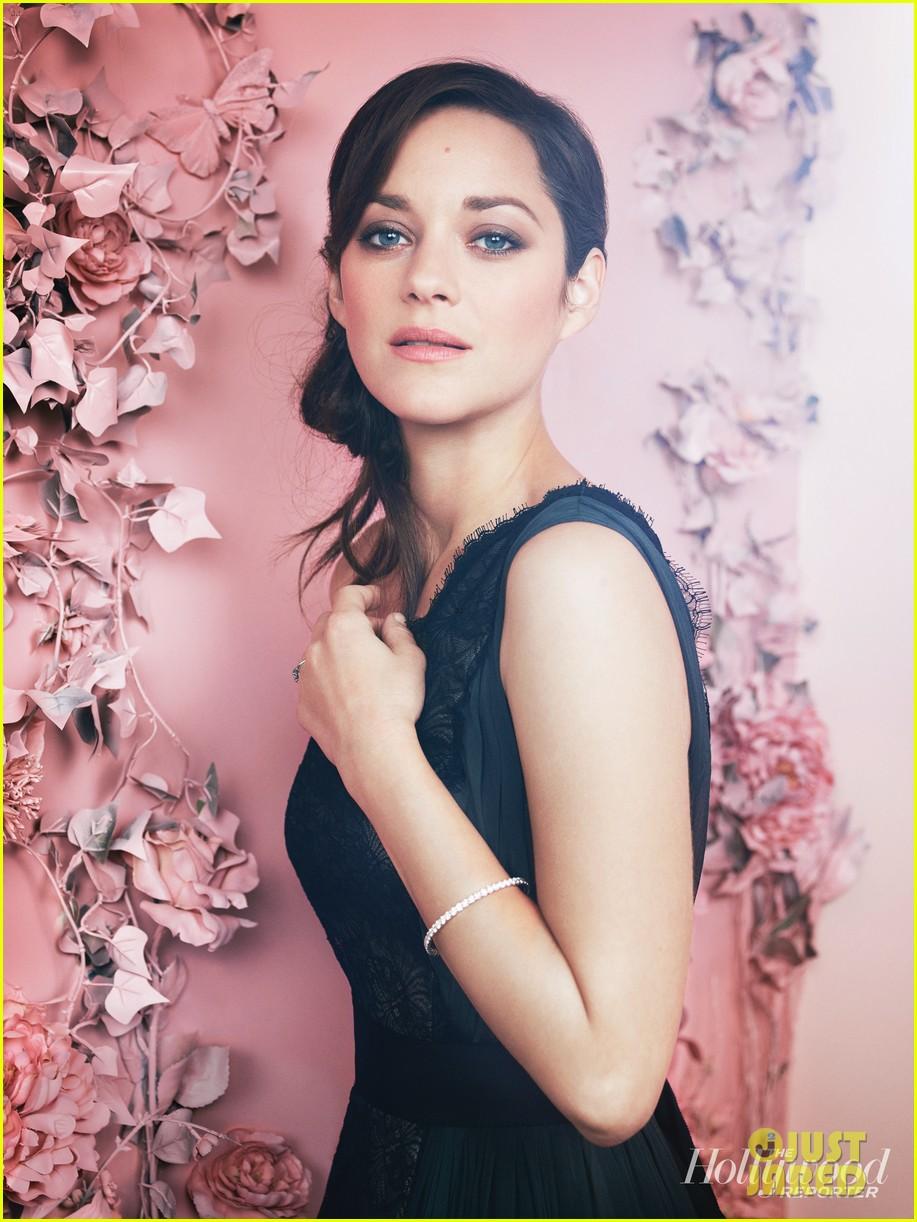 rachel weisz marion cotillard thr actress roundtable 052760858
