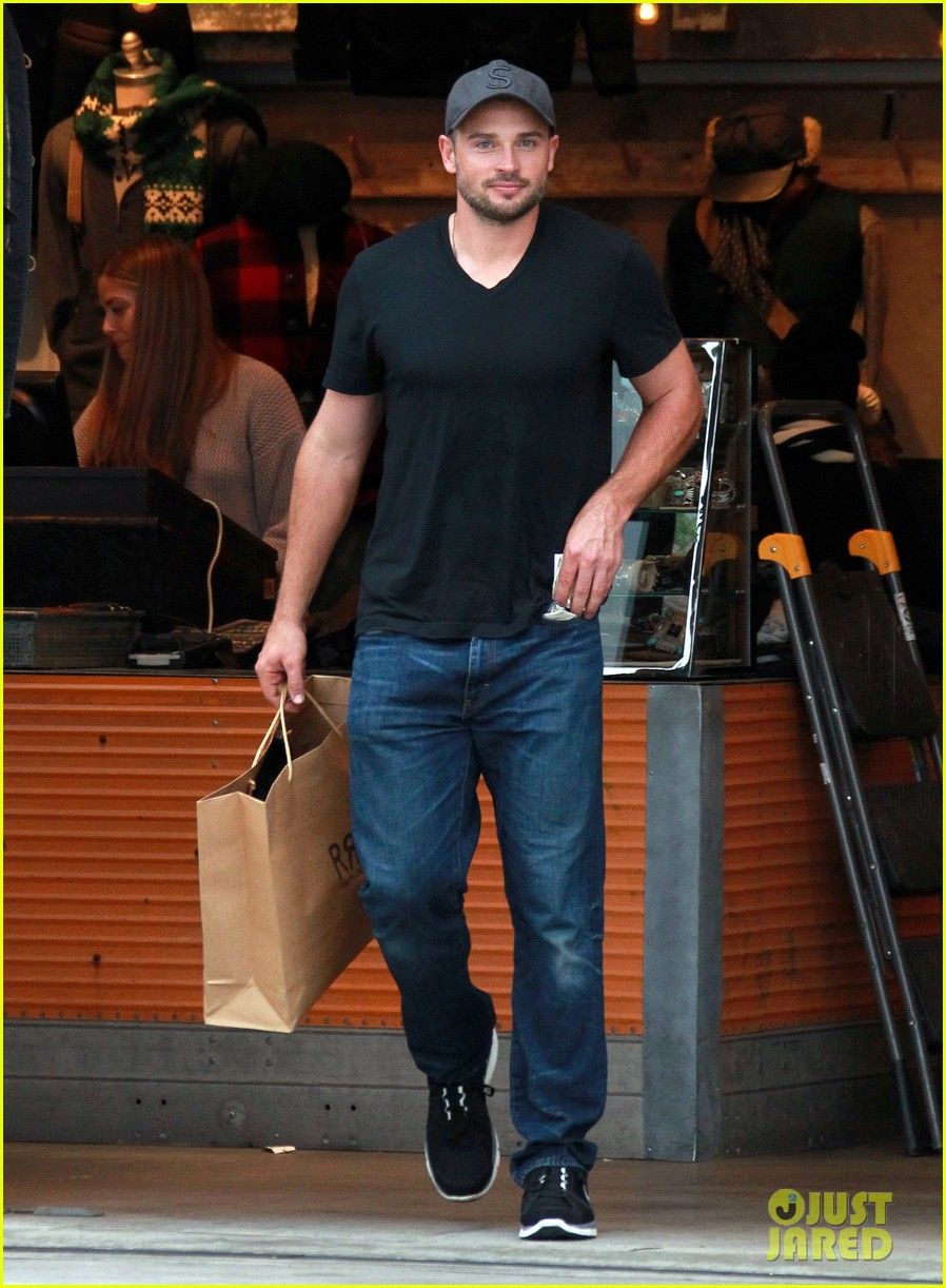 tom welling short buzz cut at rrl ralph lauren store 052766343