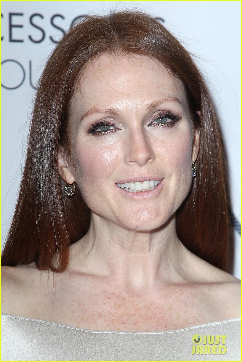 olivia wilde julianne moore ace awards new york city 33