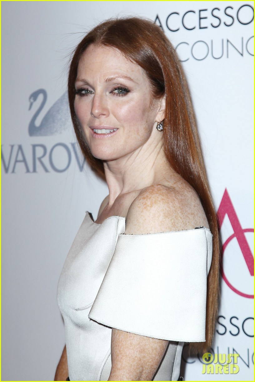 olivia wilde julianne moore ace awards new york city 37