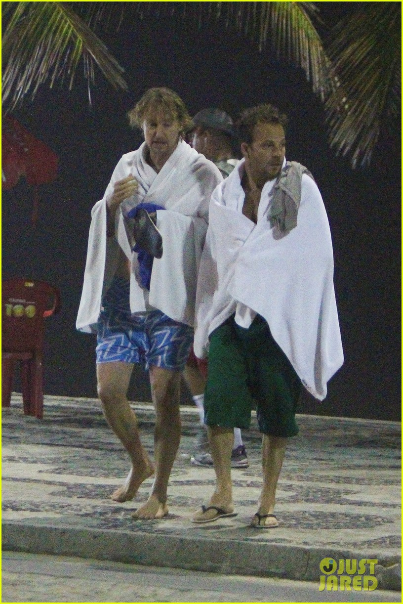 owen wilson stephen dorff shirtless beach buddies 102766633