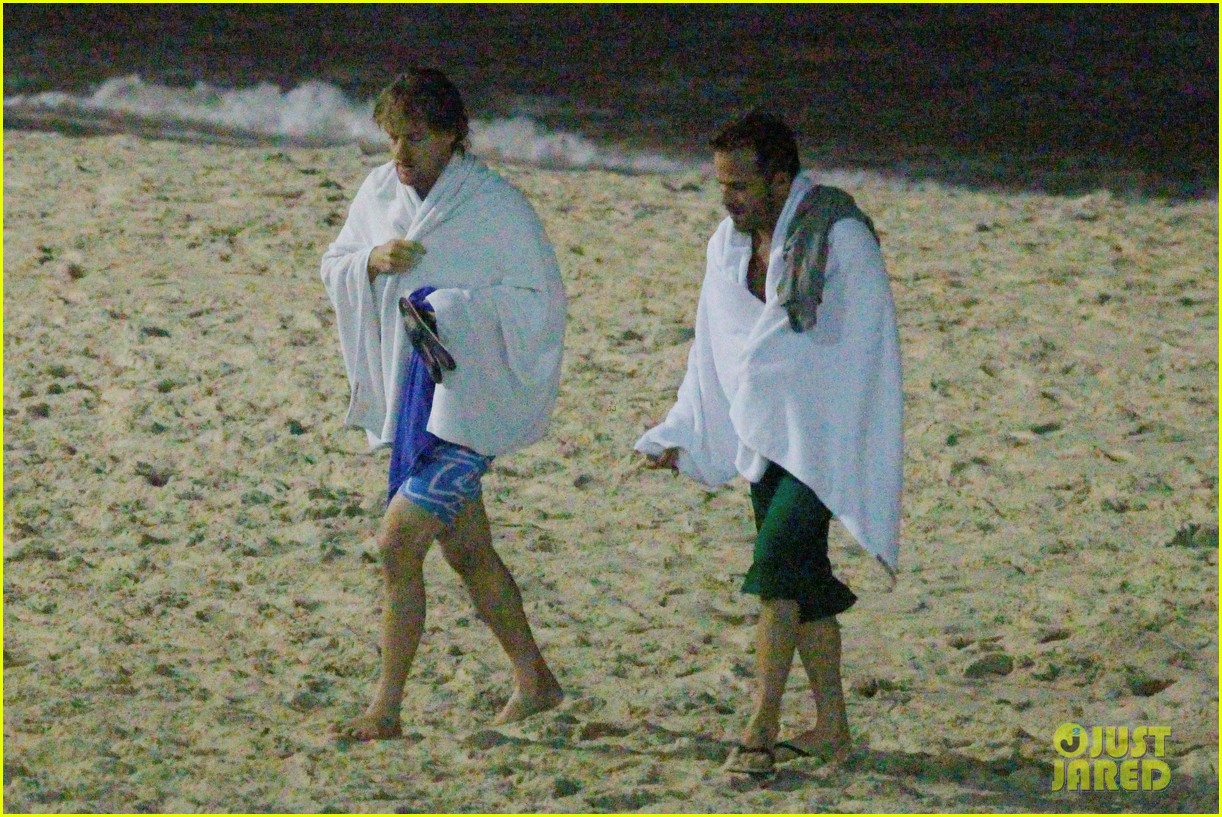owen wilson stephen dorff shirtless beach buddies 18