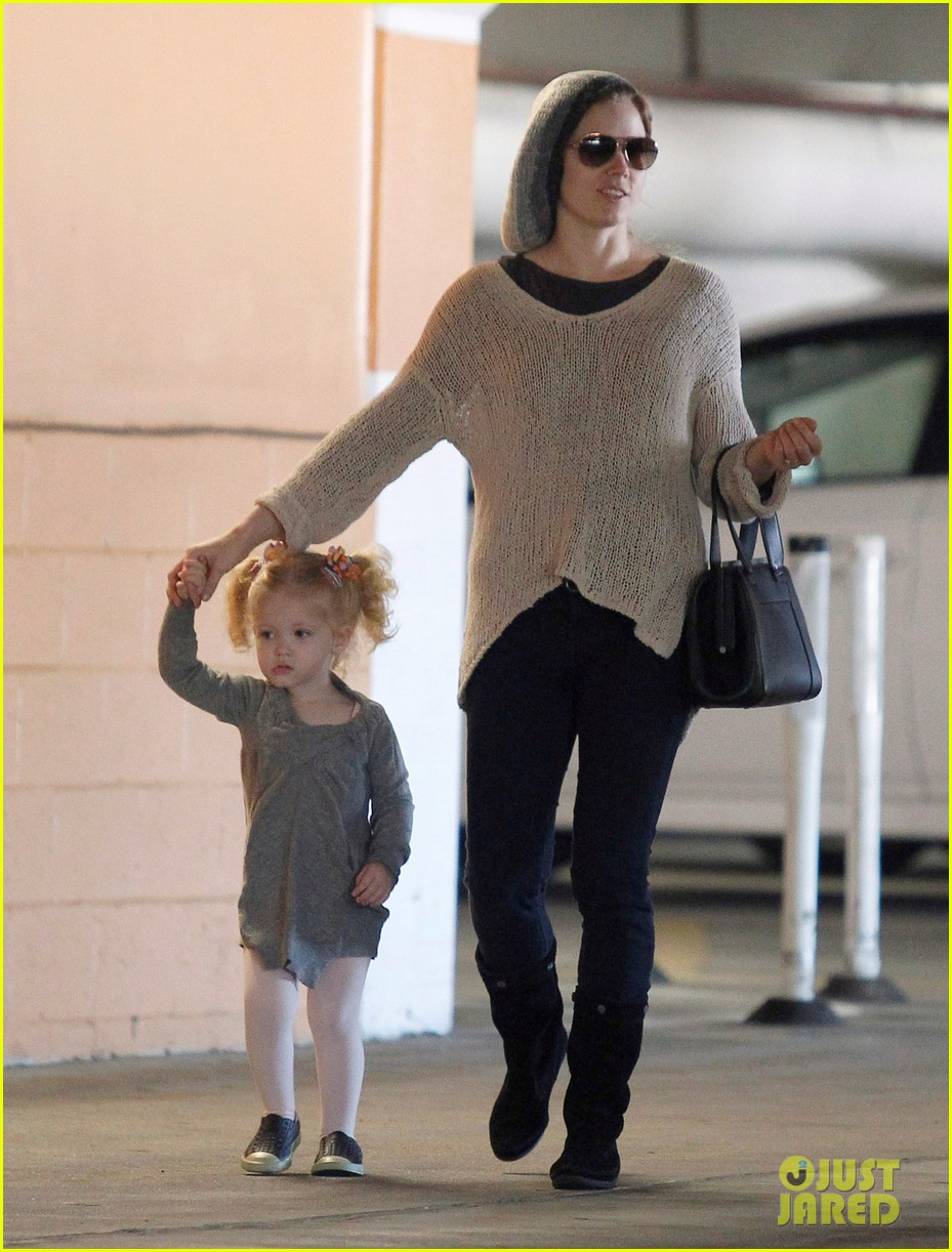 amy adams ballet class with aviana 12