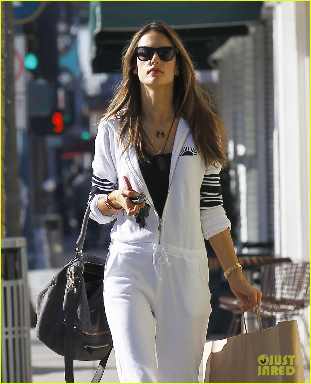 alessandra shops the day away with anja 15