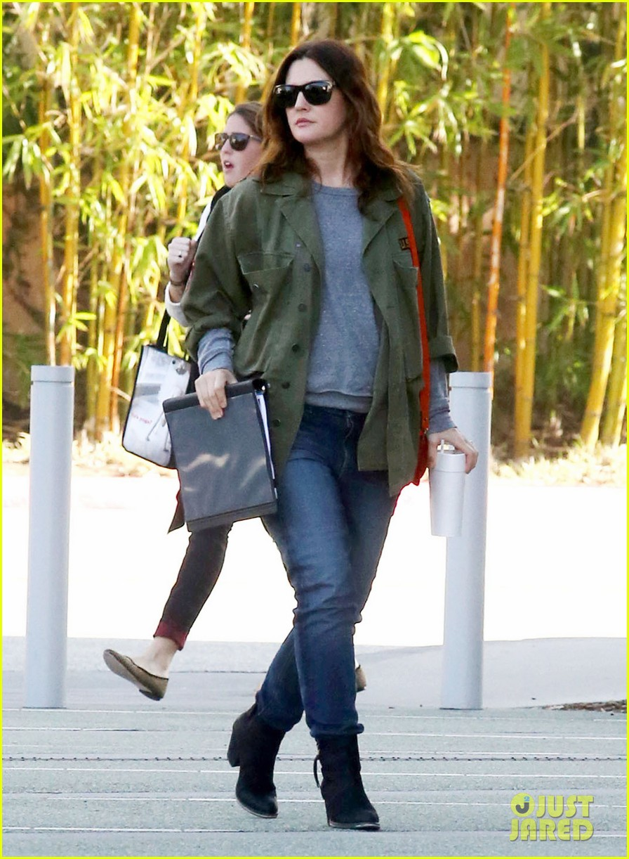 drew barrymore olive not a crying baby 10