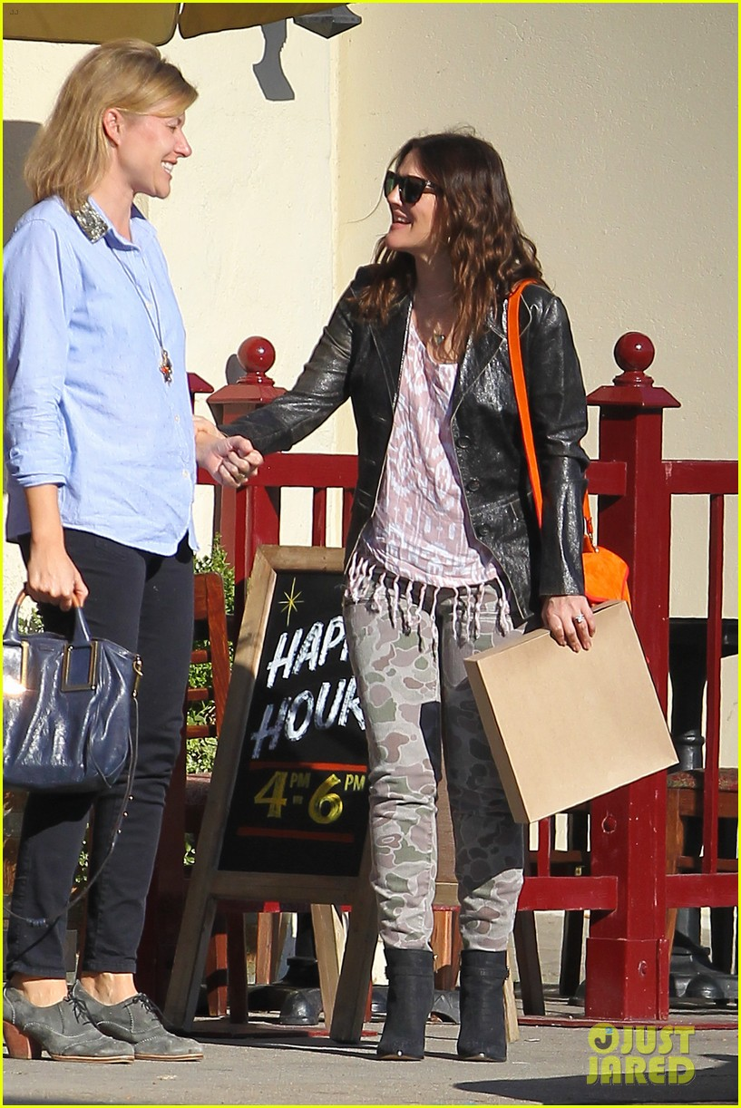 drew barrymore laughing at lunch 272773677