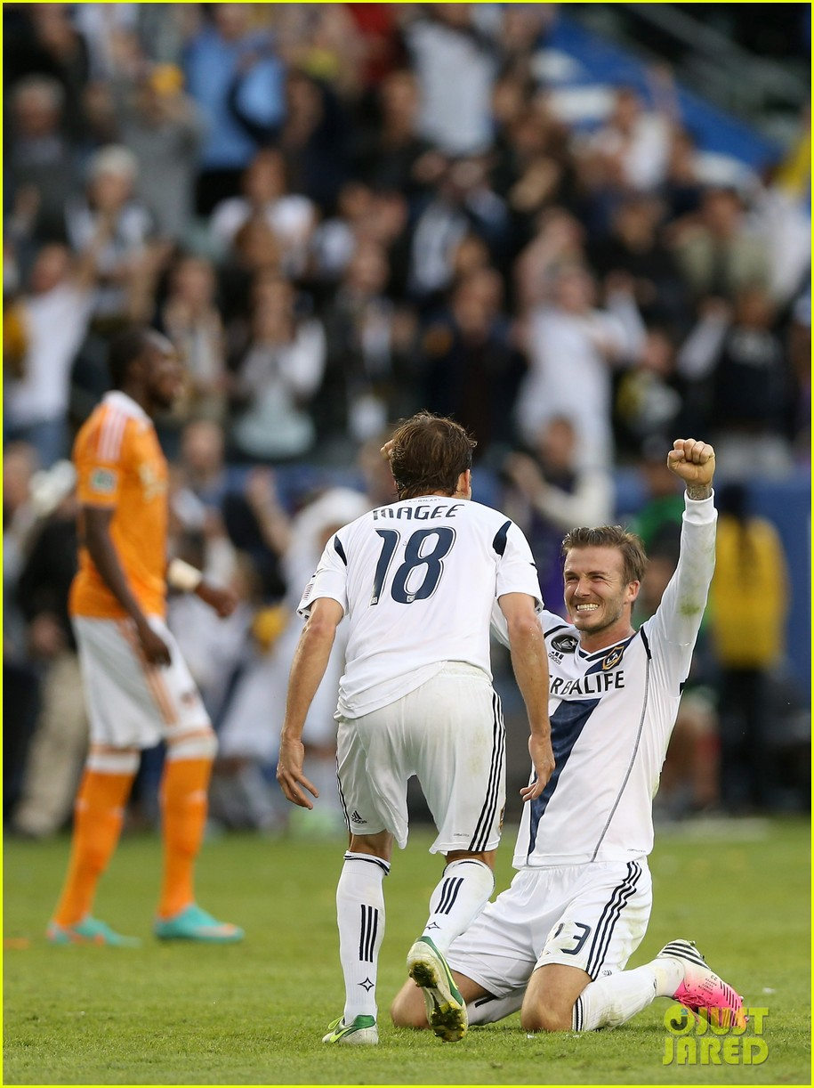 david beckham celebrates final galaxy win with his sons 062767617