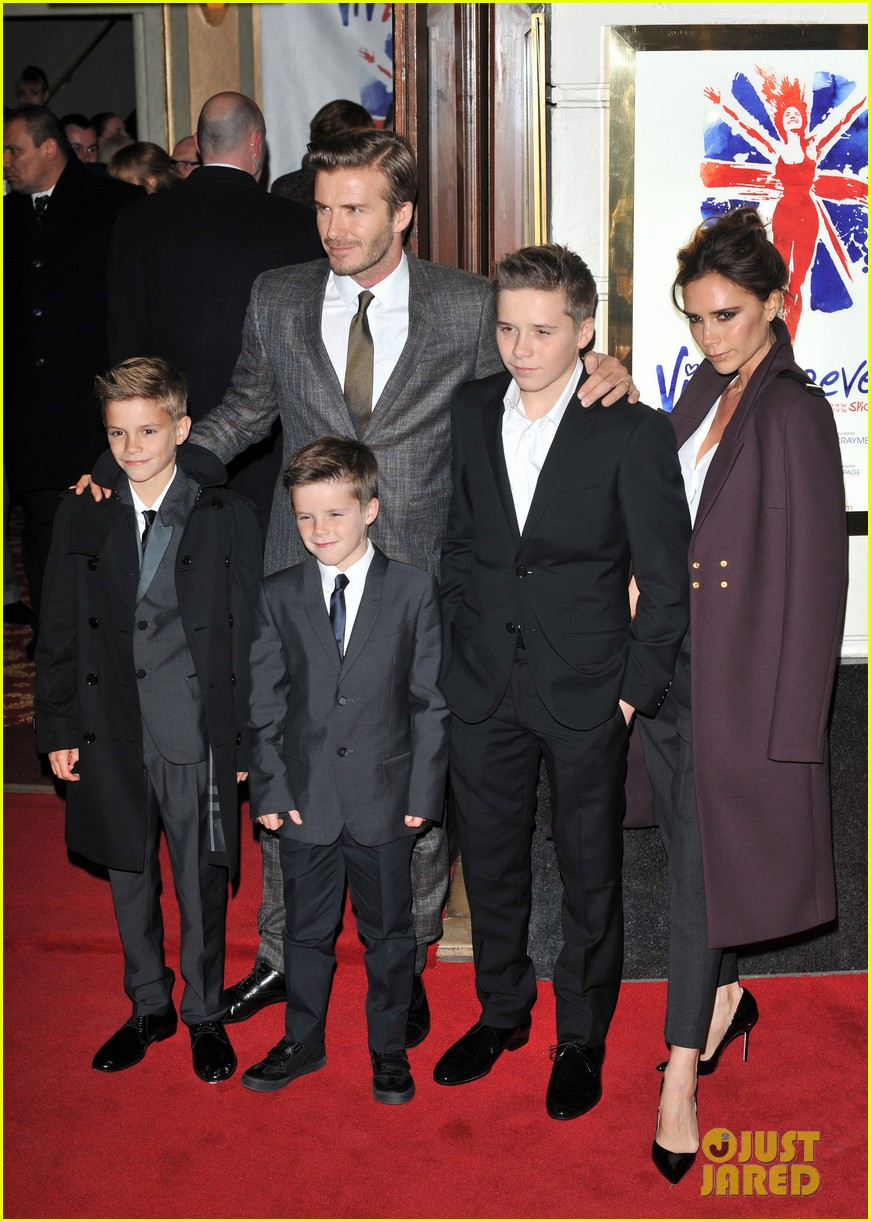victoria beckham viva forever with david the boys 17
