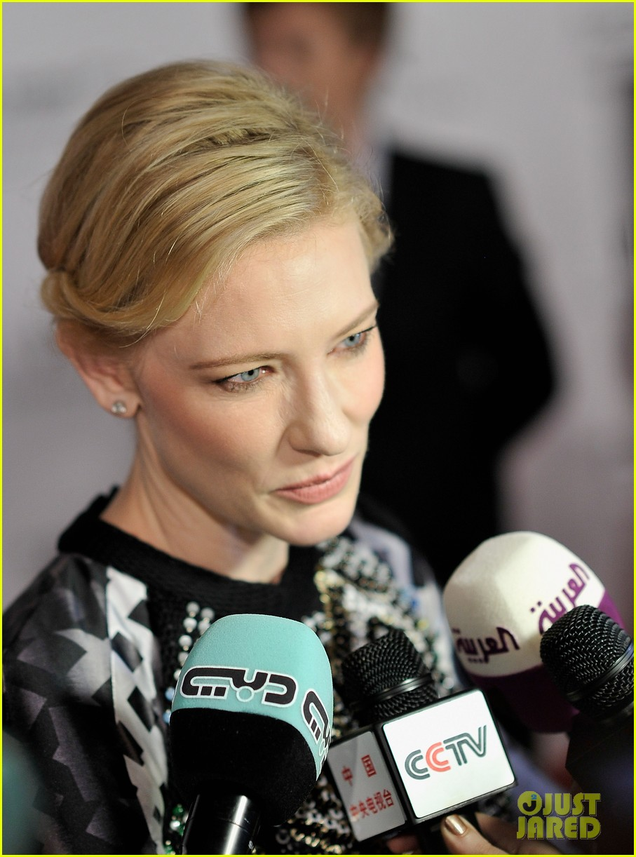 cate blanchett filmmaker award gala dinner in dubai 20