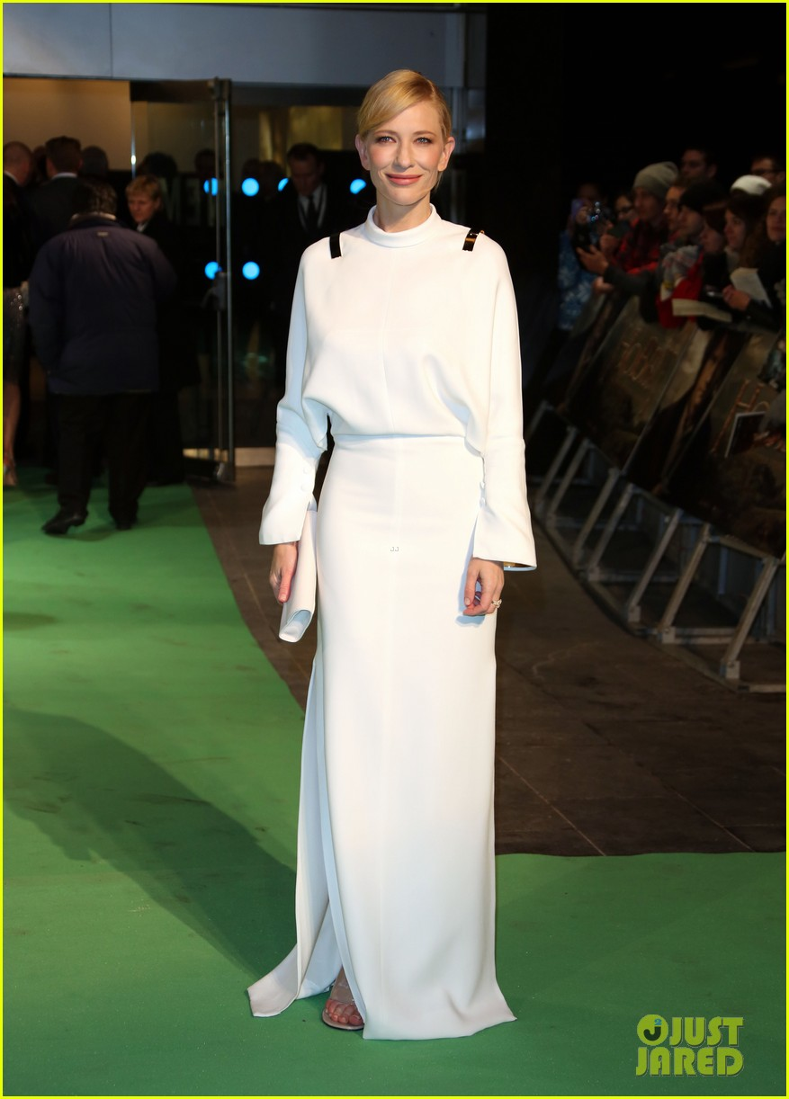 cate blanchett the hobbit london premiere 112774576
