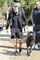 orlando bloom runyon canyon hike with flynn 03