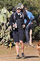 orlando bloom runyon canyon hike with flynn 07