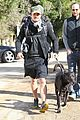 orlando bloom runyon canyon hike with flynn 26