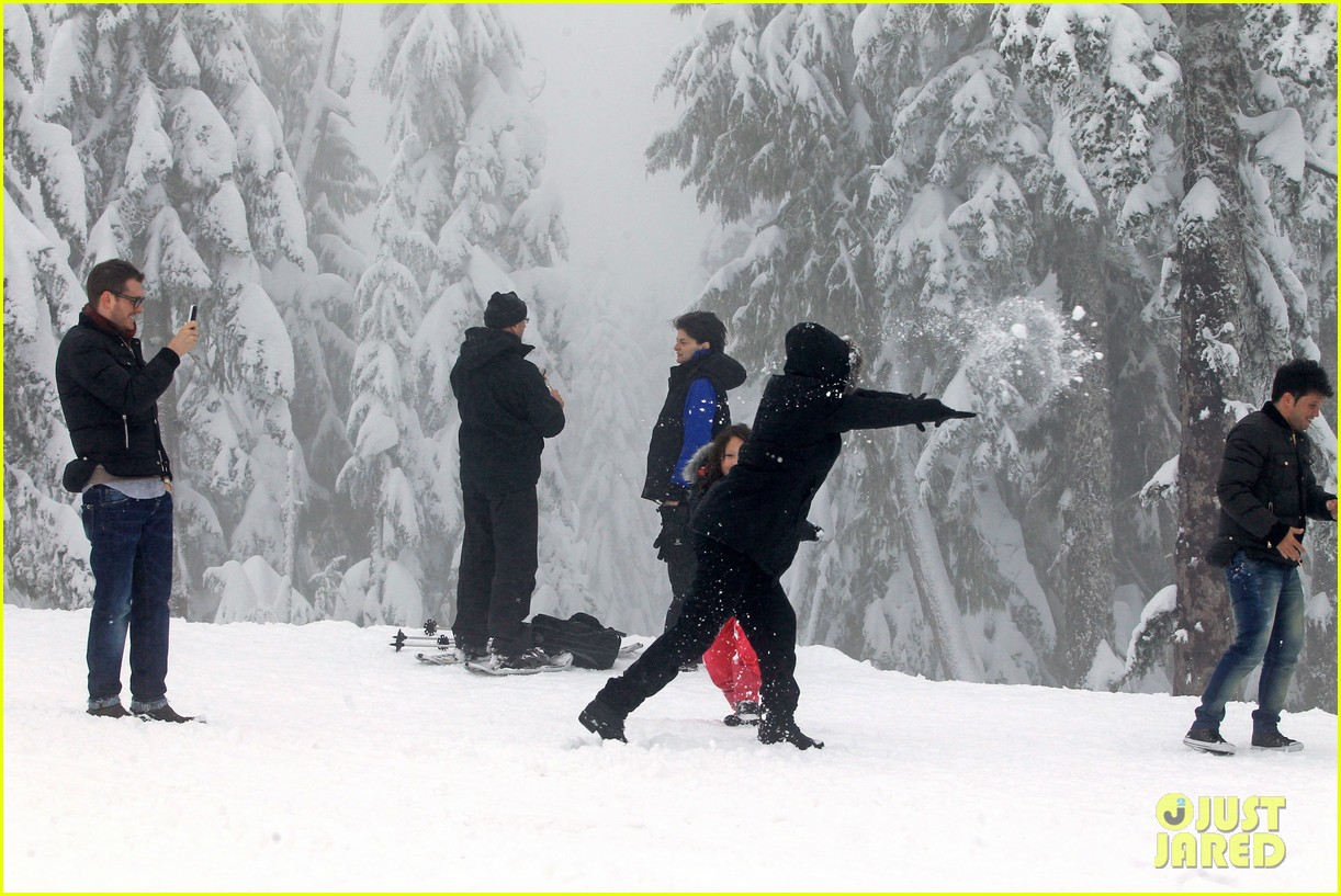 michael buble luisana lopilato snowy sweethearts 282781655