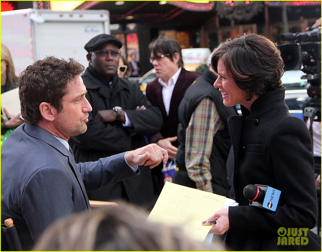 gerard butler promotes playing for keeps on gma 20