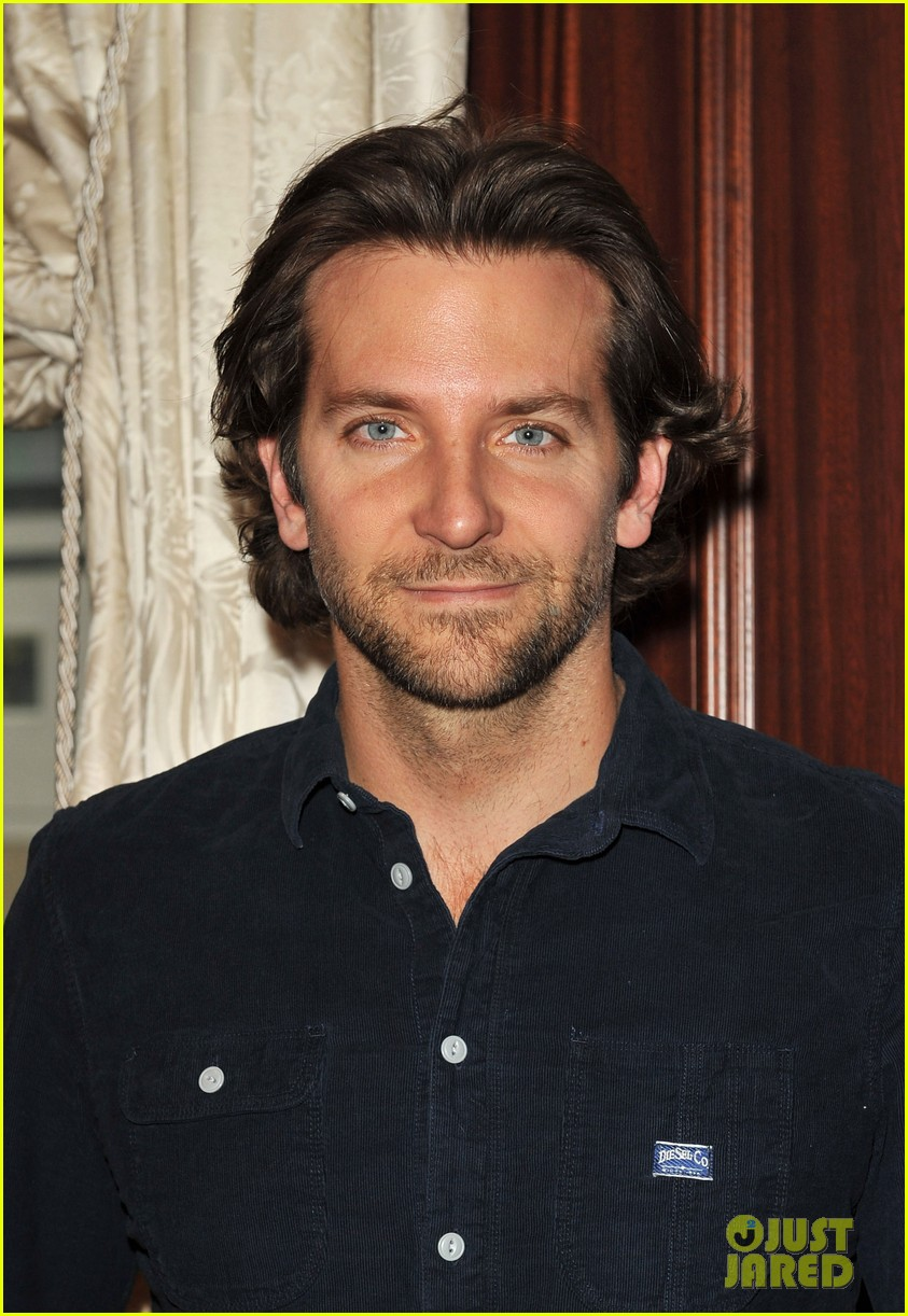 bradley cooper silver linings playbook berlin photo call 05