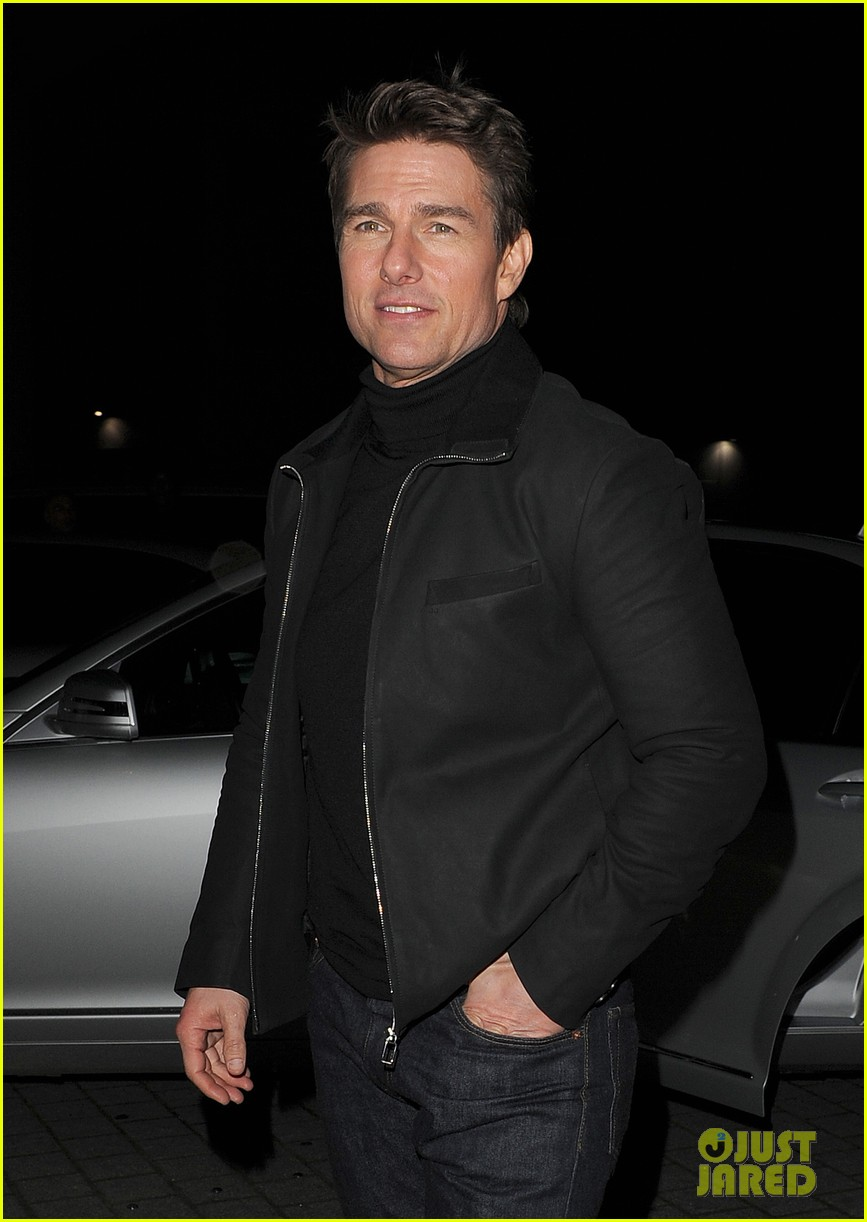 tom cruise spending christmas with kids 012773604